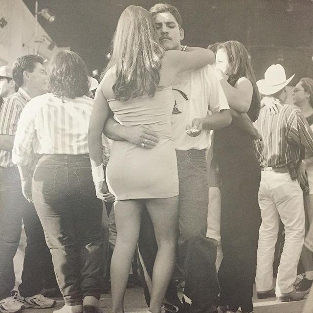 🌹~Bailando de Cartoncito~🌹 #90s #California #DeCartoncito