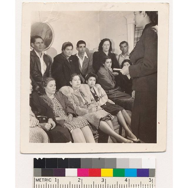 Title: Sleepy Lagoon Trial defendants' parents meeting Date: 1943 or 1944 Contribution : UCLA, Library Special Collections #LosAngeles #SleepyLagoon 🎭