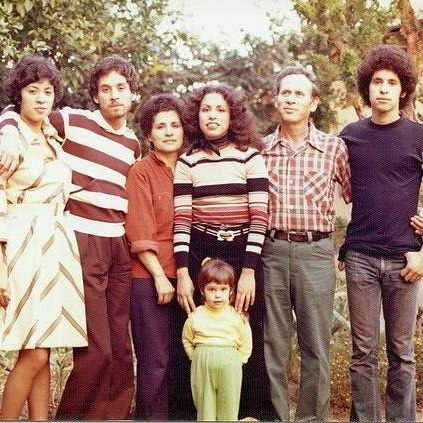 Family gathering at Los Toros Ave backyard 1976 #LaPuente #SGV (photo: @gentepasando )