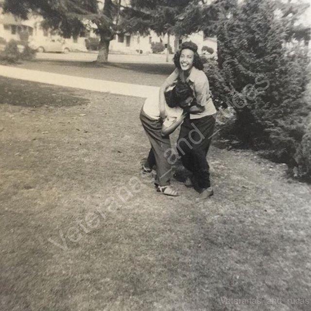 #SantaAna #Southerncali late 1940s photo of @jessicaalvarado92 abuela and friend 🌹🙏🌹