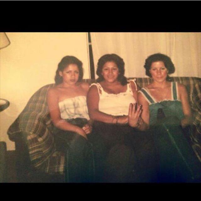 East LA, homegirls from #cuatroflats Sometime in the 70's ( @kdueskie )