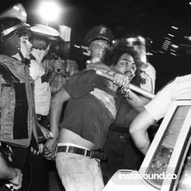 ♫ #DJMuggs vs. #SickJacken - El Barrio - @s1ckjacken @the.psychorealm #ThisIsLosAngeles #Califas #FTP