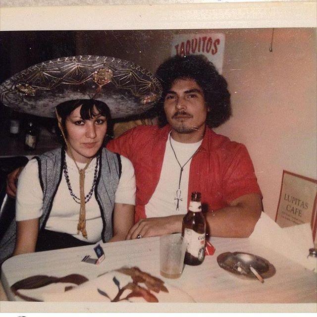 ~Lupita's Cafe ~ Los Angeles 1974. (Photo: @rascon47 )